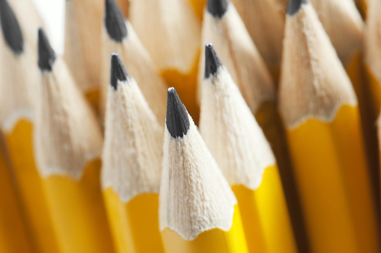 ceruza-szobor-borító