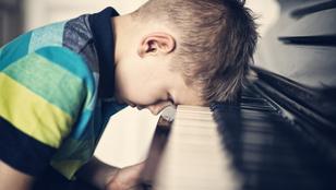 A gyereket nem megvédeni kell a kudarctól, hanem megtanítani neki feldolgozni
