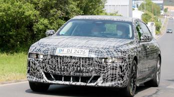 Kémfotókon az új 7-es BMW