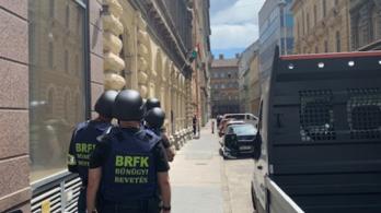 Fenyegetőzött egy férfi, Budapest belvárosában akciózott a TEK