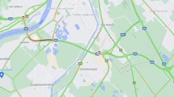 Két baleset is történt, kilométeres dugó van az M0-son és az M7-esen