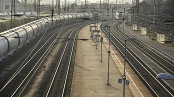 A vasúti közlekedés fejlesztéséről kötöttek megállapodást a V4 országai