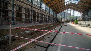 Felejtsük el, mától egy hónapig szünetel a forgalom a Nyugati pályaudvaron