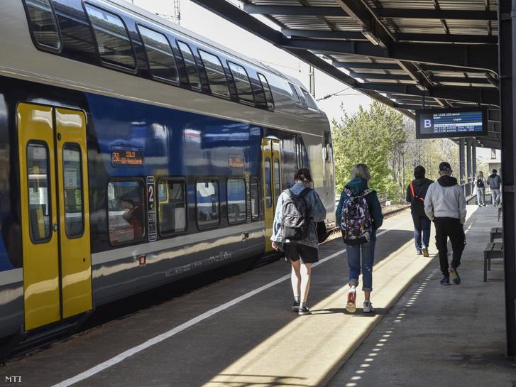A MÁV-Start Zrt. Stadler KISS emeletes villamos motorvonata.
