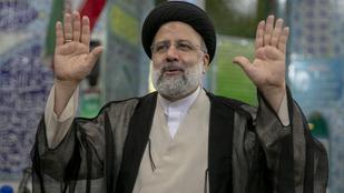 Győzött a keményvonalas elnökjelölt Iránban, rekordalacsony lehetett a részvétel