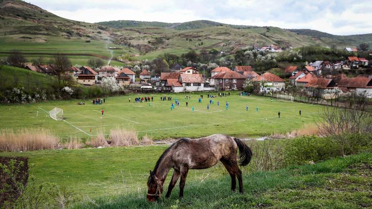 Szívbe markoló, fényképes jelentés a magyar foci peremvidékéről