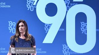 Varga Judit nem akar még több Európát, tart az észrevétlen szerződésmódosítástól