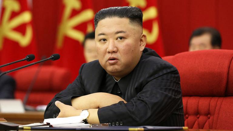 Éhínség vár Észak-Koreára, és a vezér is lefogyott