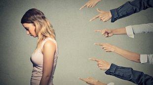 Az áldozathibáztatás pszicho-lógiai háttere
