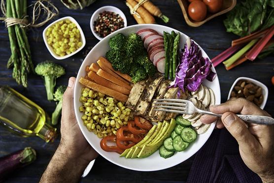 Bármelyik kedvenc zöldséged mehet bele.