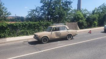 Elszabadult a Suzuki kereke, baleset volt Komlón
