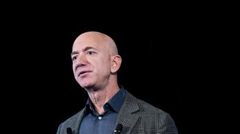 Már több mint 41 ezren követelik, hogy Jeff Bezost ne hozzák vissza a világűrből