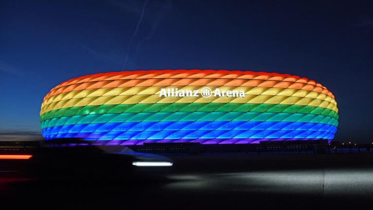 München kéri az UEFA-t, hogy szivárványszínű stadion várhassa a magyarokat
