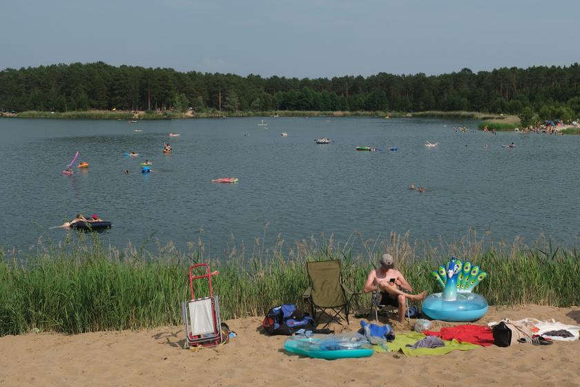 8 kristálytiszta tó, ha nem kérsz a balatoni tömegből: itt nyugalom és béke vár rád