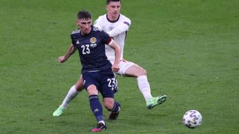 Koronavírus a skótoknál, két angol játékost elkülönítettek