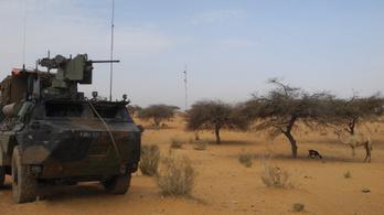 Autóba rejtett pokolgéppel támadtak francia katonákra Maliban