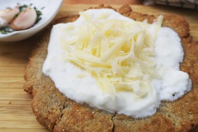 Zabpehelylisztes lángos kefirrel a tésztájában – Kelesztés nélkül készül