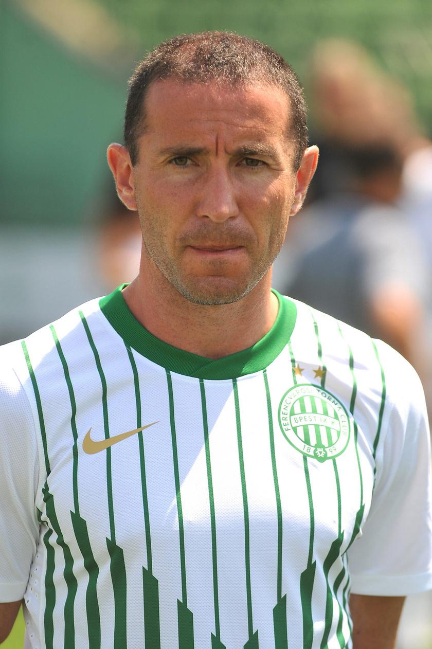 Lisztes Krisztián, a Ferencváros új játékosa a csapat nyáron igazolt játékosait bemutató sajtótájékoztatón 2011. július 18-án az Albert Flórián Stadionban.