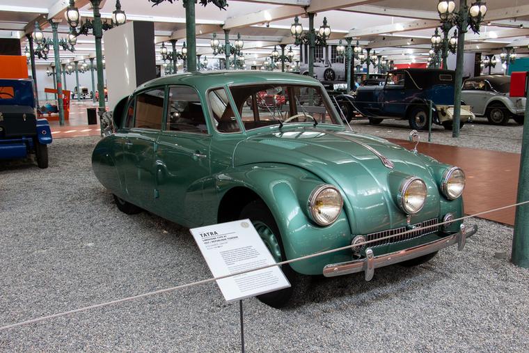 Nácigyilkos néven vált híressé az 1937-ben született Tatra 87