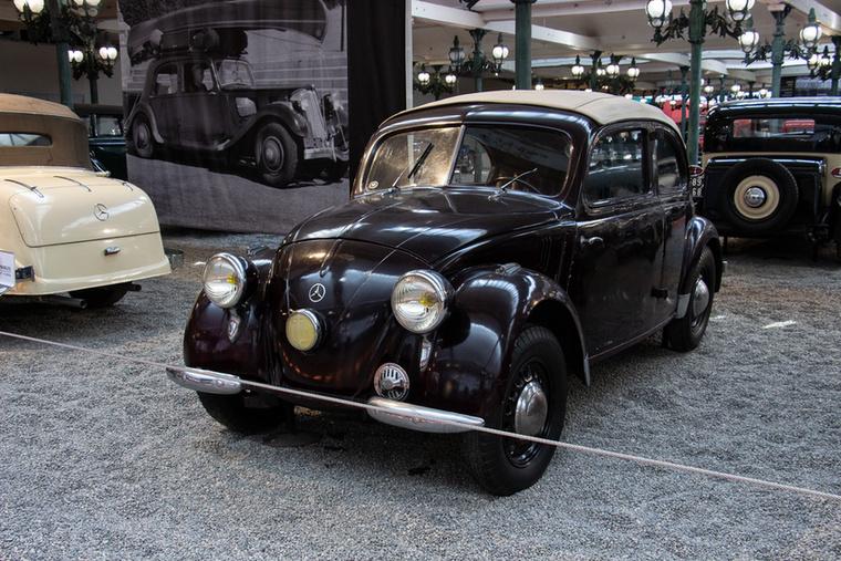 Nem, ez nem egy VW Bogár Mercedes jelvénnyel, ez valóban Merci
