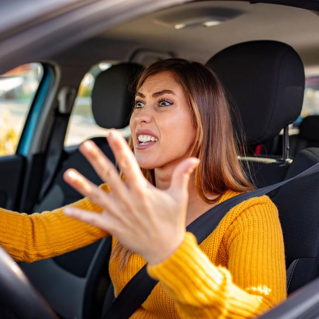 Miért leszünk agresszívabbak a volán mögött? Nem azért, mert mindenki hülye
