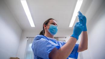 Egy ember halt meg az elmúlt 24 órában koronavírusban Magyarországon