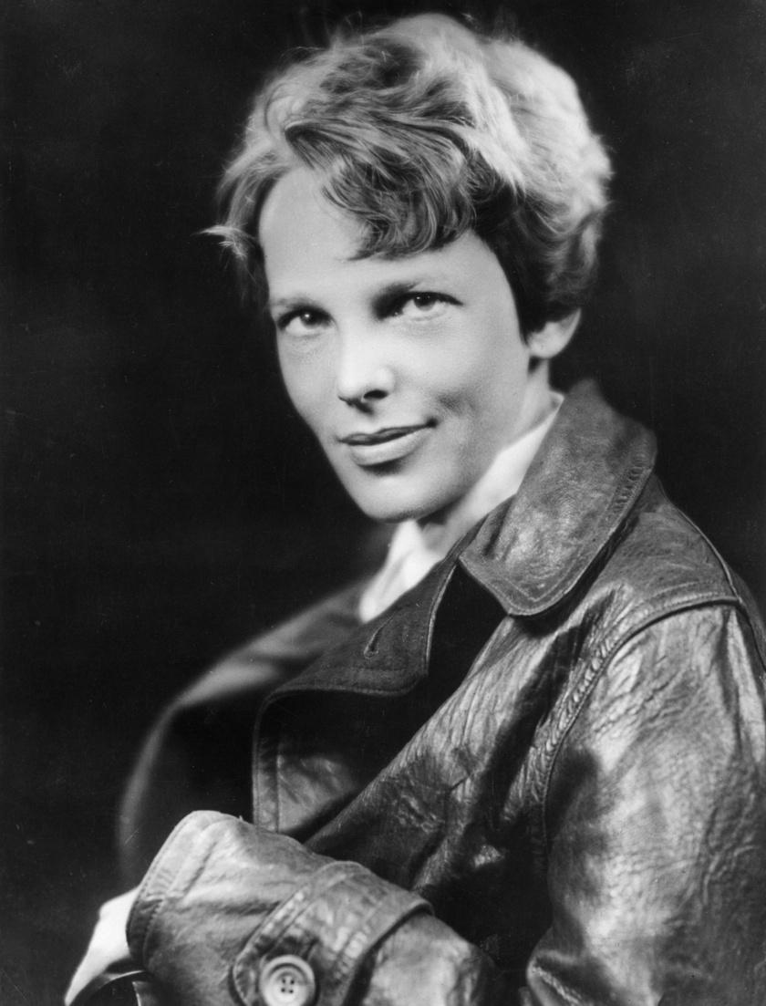 Amelia Earhart 1932-ben. Ekkorra már női magassági és sebességi repülési rekordot is felállított.
