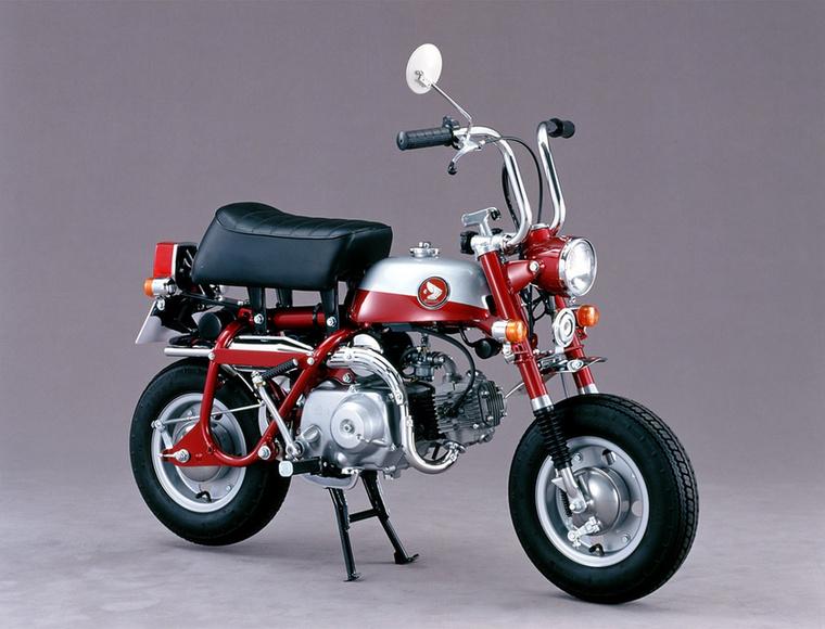 1970-ben a Z50Z-ből már az első villát is könnyedén ki lehetett kapni a helyéről, hogy minél kisebbre össze lehessen csomagolni a majmot