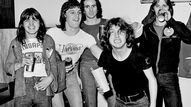AC/DC: Szökés a sittről