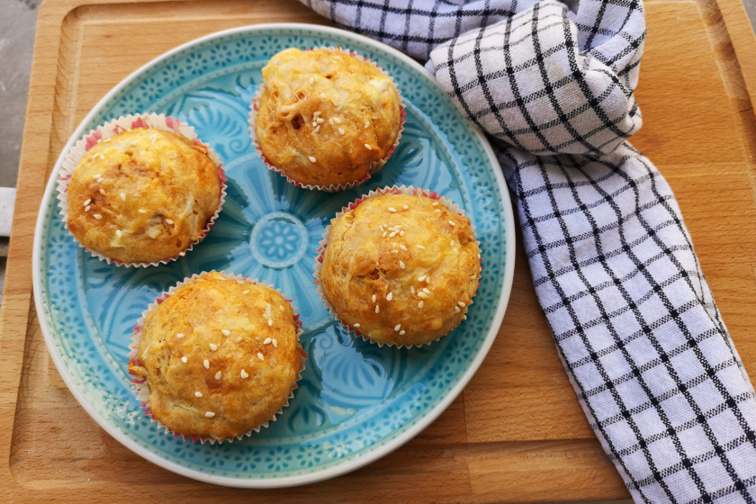 kolbászos muffin recept