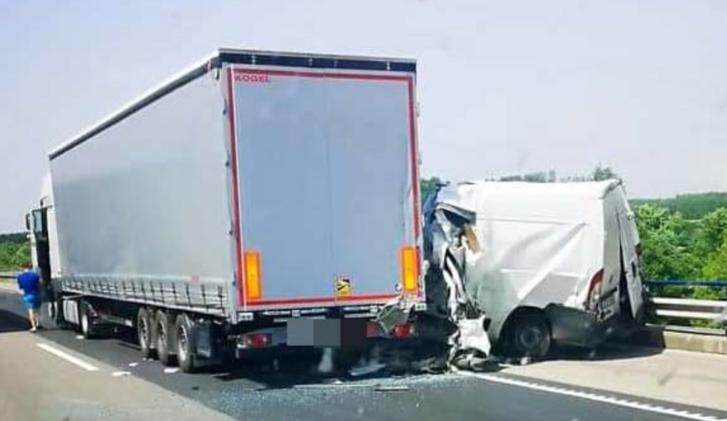 Baleset az M5-ös autópályán 2021. június 24-én