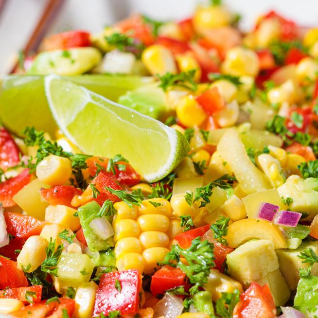 Pikáns chilis-lime-os kukoricasaláta - A legjobb nyári köret grillhúsok mellé