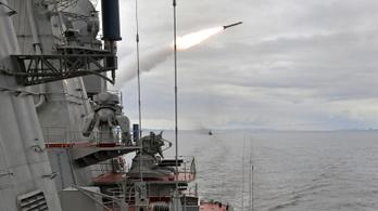 Oroszország hadgyakorlatba kezdett a brit incidens miatt a Földközi-tengeren