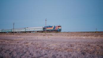 Egy svájci fotós 7500 kilométeres vonatútja Kazahsztánban