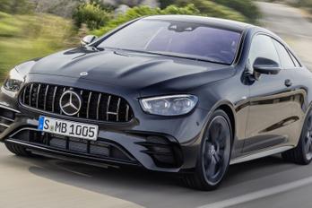 Egy típus jön a legtöbb kétajtós Mercedes helyére