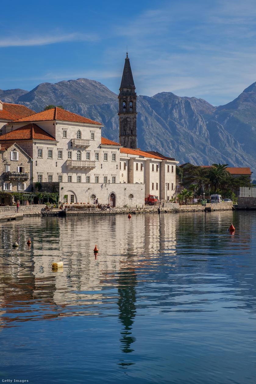 Montenegró, Kotori-öböl.