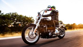 Teszt: Harley-Davidson Softail Standard - 2021.