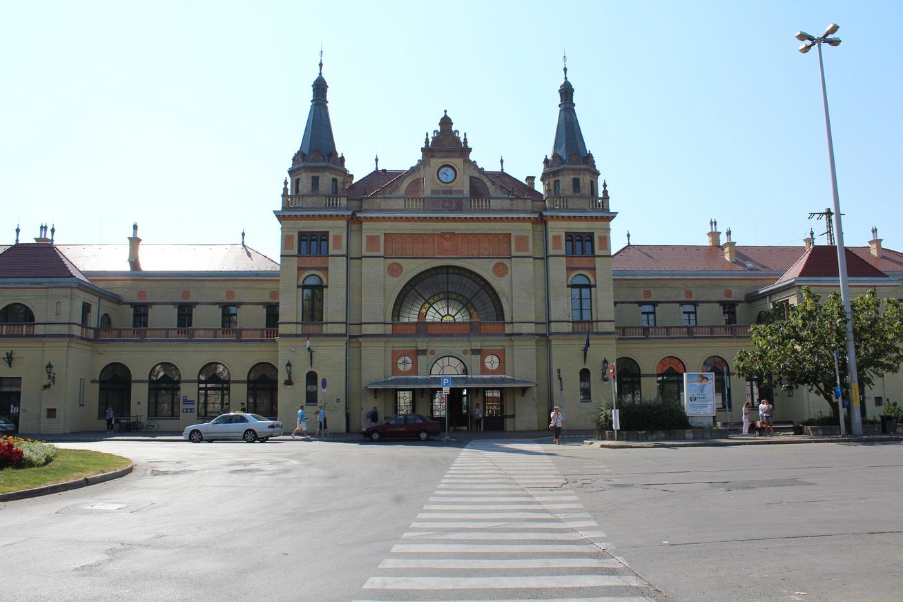 pécs vasútállomás