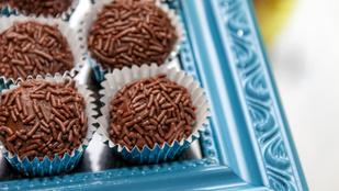 Ropogós, csokis mentagolyók – jéghidegen a legfinomabbak