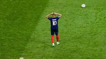 Pelé védelmébe vette a franciák bűnbakját