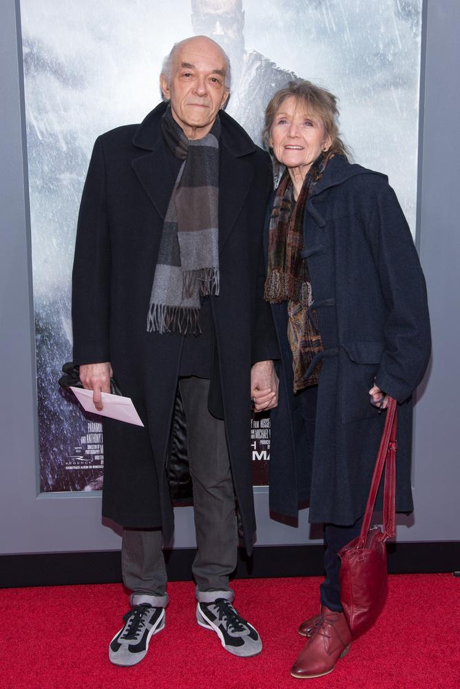 1962-ben vette feleségül a szintént színész Jacqueline Margolist