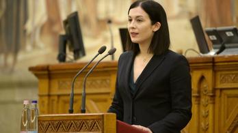 Cseh Katalin a CNN-nek: jövőre eltöröljük a pedofiltörvényt, ha nyerünk