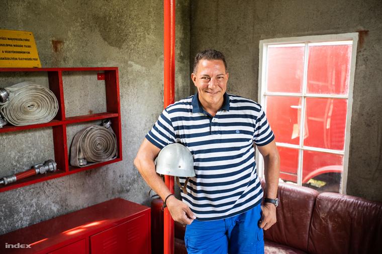 Németh Kristóf, a sorozat Bárány Jóskája minden részletét bemutatta a Keresztanyu tűzoltóállomásának