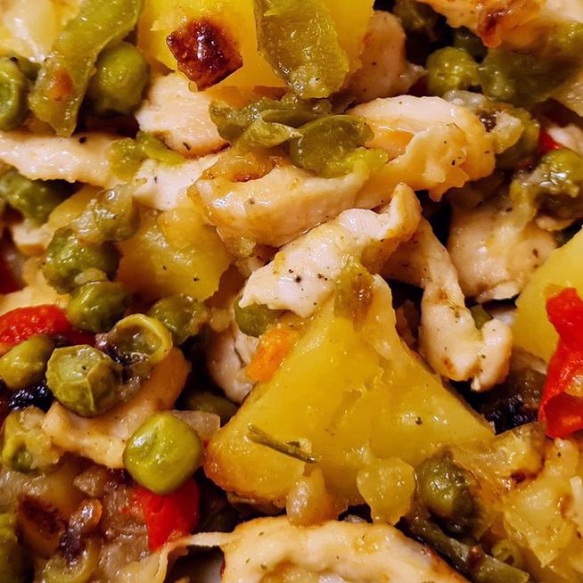 Fűszeres, szaftos csirkés egytálétel: ebből biztos a repeta