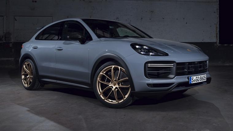 Megjött a Porsche szuper-terepjáró