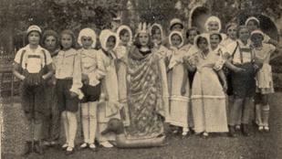 Lányok és fiúk szigorúan külön – így táboroztak a gyerekek a két háború között