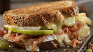 Körte-gouda-bacon szendvics – izgalmas kombináció, ami barna kenyérben lesz a legtökéletesebb