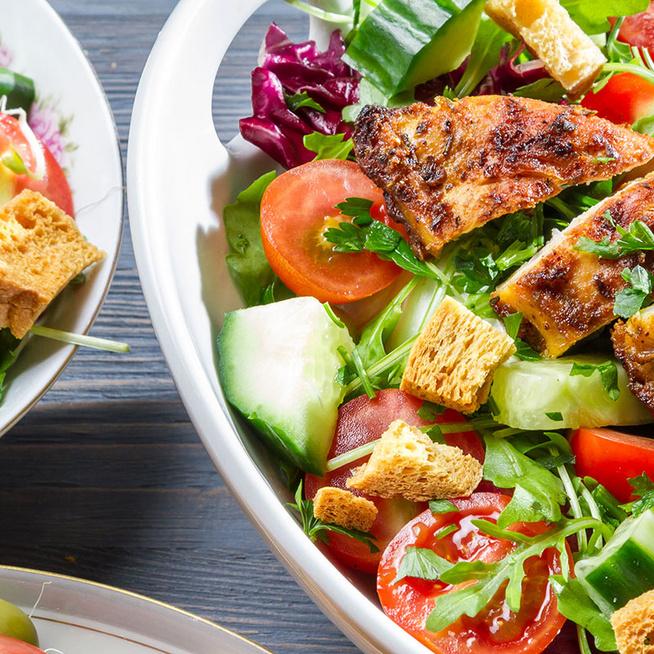 A 10 legjobb hűsítő étel a forró napokra: hideg leveseket és salátákat gyűjtöttünk össze
