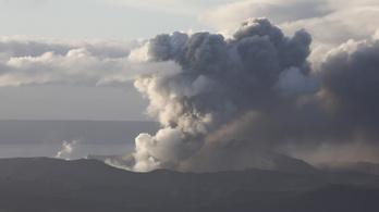 Vulkánkitörés a Fülöp-szigeteken, több ezren menekültek el