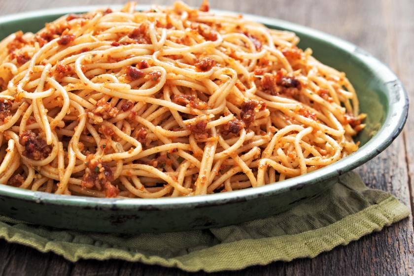 szicíliai spagetti recept